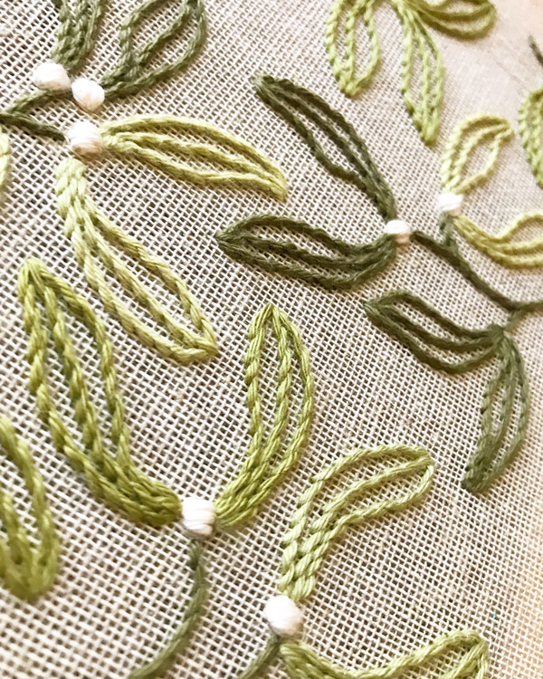 Mistletoe Pattern by Sew and Saunders