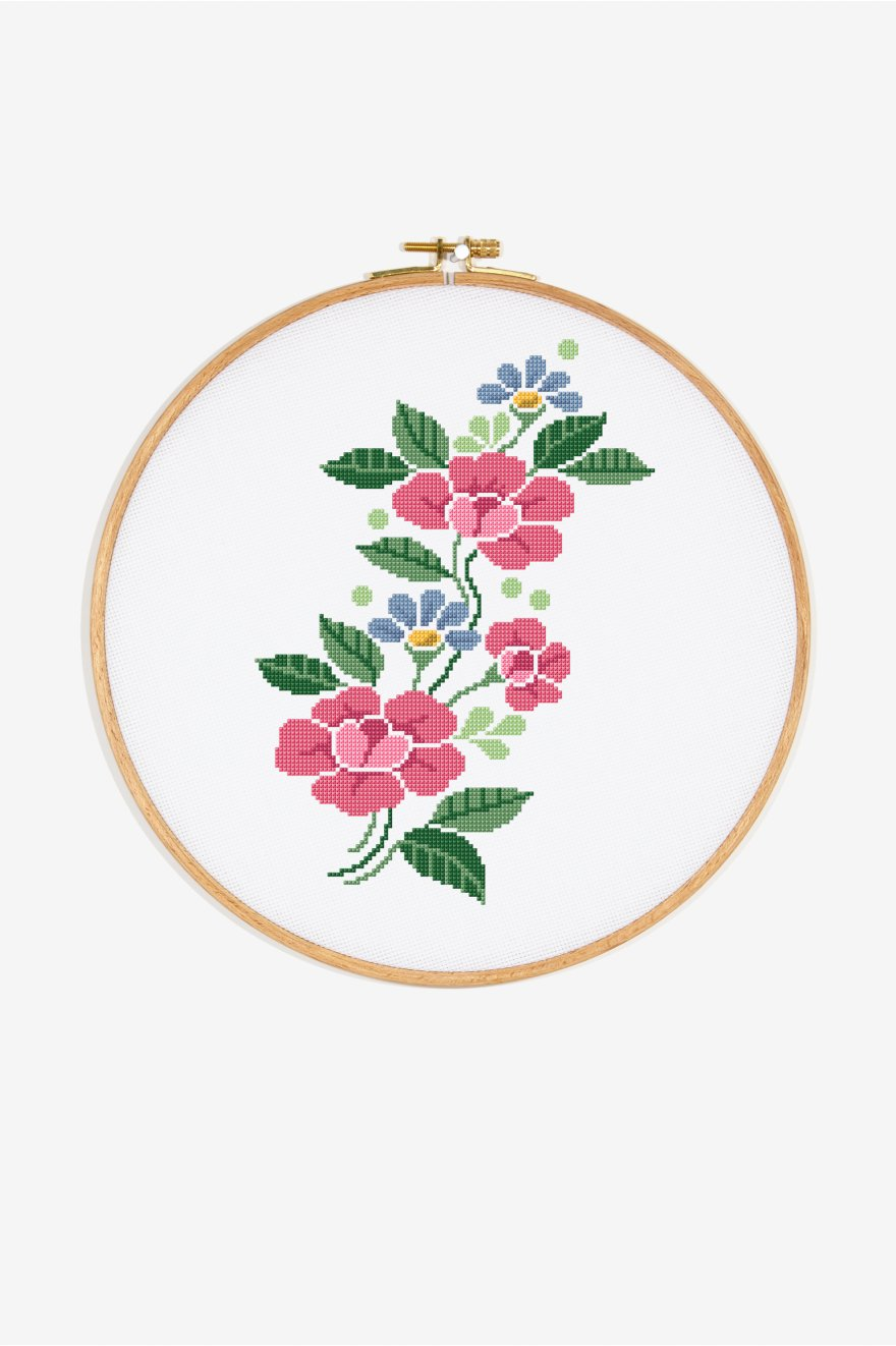 Vintage Pink Flowers Pattern Free Cross Stitch